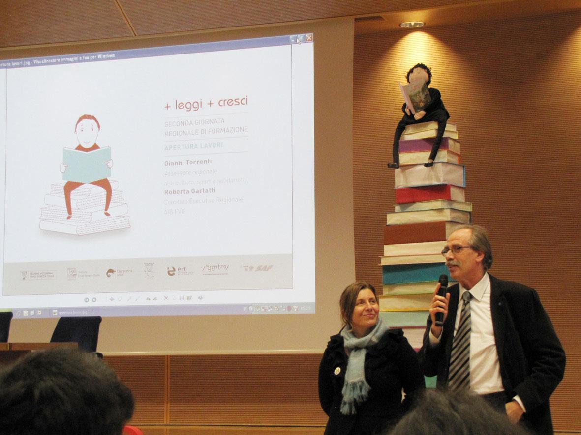 apertura lavori + LEGGI + CRESCI Assessore alla cultura Gianni Torrenti